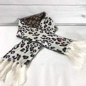 2/$20🎁Leopard Print White Black Tan Crochet Scarf